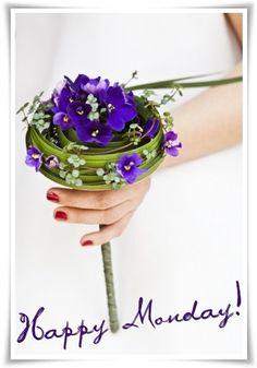 brudbukett saint paulia, annorlunda brudbukett, bridal bouquet african violet, differennt design bridal bouquet, floral artbridal bouquet