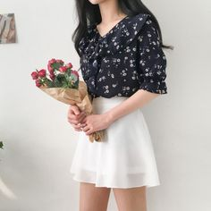 Frilly Daisy Flower Blouse