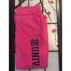 VS Pink Sweat Pants Measurements - Waist 17in (stretches) Length 20in / Inseam 30in   Has a little pilling but otherwise in great condition!                                                                     Color - Pink, Black PINK Victoria's Secret Pants Wide Leg