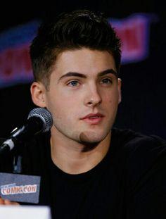 Cody Christian // Teen wolf // Theo Reaken
