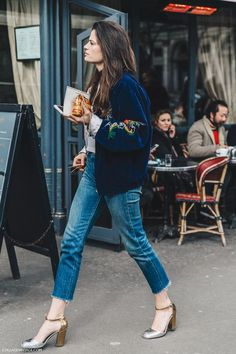 DENIM DELUXE // nice streetstyle with jeans and bomberjacket #bomberjacket…