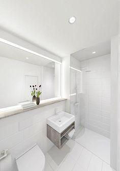 Badezimmer In Weiß Mit Fliesenboden, Ebenerdiger Dusche Mit Glaswand Und  Großem Spiegel. #Badezimmer · BerlinBathroom