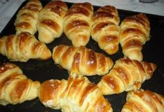 Sós kifli Helena konyhájából Hot Dog Buns, Hot Dogs, Bread, Food, Pastries, Cookies, Crack Crackers, Brot, Essen