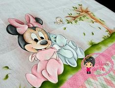 Kids Rugs, Crafts, Fabric Painting, Decorated Boxes, Dibujo, Crafting, Handmade Crafts, Diy Crafts, Arts And Crafts