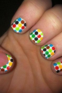 Really cute polka dot nails!!!