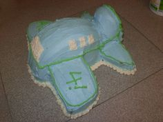 My little man recently turned four. (That post is long overdue.) Anyway, I made this airplane cake and received some questions about it. And since I took some pictures as I made it, I'll see …