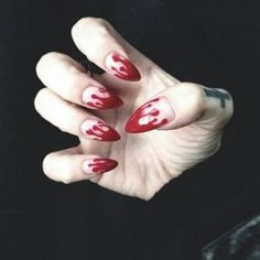 Frighteningly Cute Nail Art Designs for Halloween