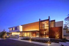 Decor Salteado - Blog de Decoração   Design   Arquitetura   Paisagismo: Fachadas de casas modernas com paisagismo e iluminação!