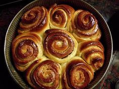 Ayelén Cocina: Torta de los 80 golpes Torta Asada, Pan Dulce, Bread Board, Sweet Breakfast, Finger Foods, Sweet Recipes, Sweet Tooth, Deserts, Food And Drink