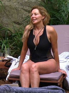 Jugle retreat: Carol Vorderman shows off her incredible figure in slinky swimsuit as she relaxes at the I'm A Celebrity. Carol Kirkwood, Sexy Older Women, Old Women, Sexy Women, Carol Vorderman Pictures, Carol Vordeman, Tv Girls, Beautiful Old Woman, Beauty
