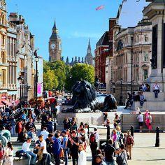 Good morning world, I wish very nice Sunday everyone, big kiss from #London ❤❤❤
