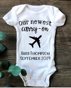 Travel Pregnancy Announcement Onesies, Travel Baby Clothing, Personalized Baby Reveal, Custom Pregnancy Announcement, Our Newest Carry On - Care Pet Grandparent Pregnancy Announcement, Baby Announcement Photos, Pregnancy Announcements, Bump Style, Travel Baby Showers, Babies R, Natural Parenting, Traveling With Baby, Pregnancy Photos