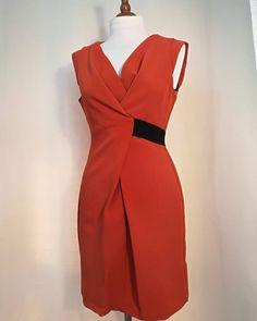 NOT USED Vintage Elegant Orange Black Woman Dress  Link in bio.📲 📦📍 #woman #vintage #dress #vintagestyle #50s #60s #70s #80s #90s #pinup #elegant #color #style Dress Link, Vintage Dresses, Casual, Black Women, Pin Up, Wrap Dress, Vintage Fashion, Dresses For Work, Orange
