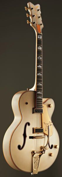 Gretsch G6136TCST-R White Falcon Relic - Thomann www.thomann.de Finish Aged White Nitro #aged #vintage #style #guitar #electric #eguitar #beautiful #amazing #special #extraordninary