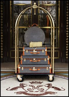 "le-charmant: "" les-narcissiques: "" Louis luggage is for wags… "" I dream of Goyard. """