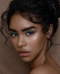 Get a cartoon portrait logo custom drawn from your photo. Makeup Inspo, Makeup Art, Makeup Inspiration, Beauty Makeup, Hair Makeup, Hair Beauty, 3 4 Face, Face And Body, Photo Portrait