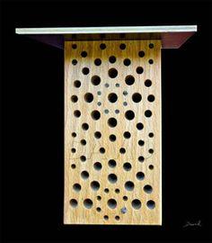 Insektennisthilfe Insektenhotel Nisthilfe Hartholz Bohrungen insect nesting aid insect hotel  wildbee drilled hole hardwood