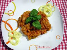Cukkinis lecsó bulgurral Tandoori Chicken, Grains, Rice, Ethnic Recipes, Food, France, Bulgur, Red Peppers, Essen