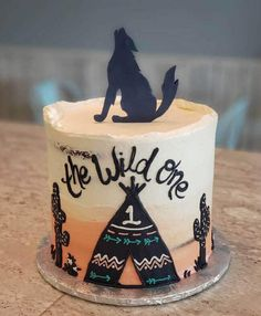 10 Most Beautiful looking Coyote Cake Design that you can make or get it made on the coming birthday. Peter Pan Cakes, Aladdin Cake, Cool Cake Designs, Cake Flour, Baking Tips, Beauty And The Beast, March, Birthday Cake, Desserts
