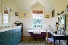 Ted Danson home--bathroom