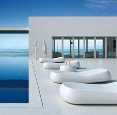 Modern and Comfortable Home Outdoor Furniture Design, Gumball by Alberto Brogliato Modern Garden Furniture, Outdoor Furniture Design, Rattan Furniture, Design Hotel, House Design, Moderne Pools, Design Exterior, Luxury Pools, Beautiful Pools