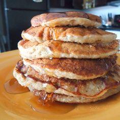 Flourless Cinnamon Oatmeal Banana Pancakes