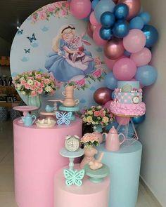 Girl Birthday Decorations, Girl Birthday Themes, Baby Girl Birthday, First Birthday Parties, Birthday Party Decorations, First Birthdays, Alice In Wonderland Tea Party Birthday, Disney, Maria Alice