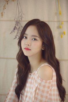 Korean Beauty, Asian Beauty, Kim So Hyun Fashion, Hyun Kim, Kim Sohyun, Kim Yoo Jung, Cute Korean Girl, Korean Actresses, Korean Actors