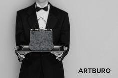 ARTBURO Wintour Bag. Yayoi Kusama artwork. #artburo #wintourbag