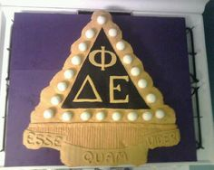 DPhiE Cake - bid day noms?! (THIS IS LOVELY-- must attain cake decorating skillz and do this)