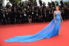 Blake Lively in Versace z-cannes-fashpt1-01.jpg
