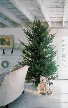 Simple Christmas decor in a cottage style home