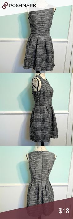 Forever 21 Dress Forever 21 Dress. Colors are black and white. Thicker quality dress perfect for the office or an after work get together. Sophisticated and stylish. Great condition.  Size is Medium. Forever 21 Dresses