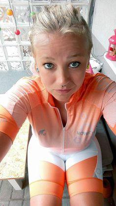MoveOn Team - preparing to Bike Challenge 2016.   Drużyna MoveOn podczas przygotowań do Bike Challenge 2016. #bikechallenge #moveon #moveonsport #moveonteam #moveonextreme #moveonsport #diet #Motivation #bicycle #rower #nutrition #porridge #rowery #motywacja fot. Monika Jankowiak