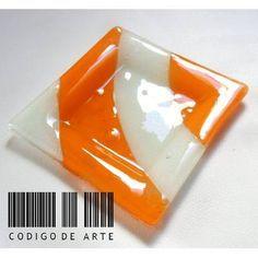 Plato En Vitrofusion Entrega Inmediata (plato1) - $ 55,00 Fused Glass Plates, Fused Glass Art, Glass Dishes, Stained Glass, Glass Fusion Ideas, Glass Coasters, Diy And Crafts, Ceramics, Projects