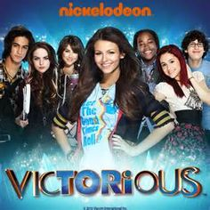 Make It Shine - Victoria Justice - Victorious (paroles et traductions française) Victorius is so cool and cheesy and ridiculas and amazing Victorious Tv Show, Victorious Nickelodeon, Tori Vega, Serie Disney, Disney Shows, Victoria Justice, Disney Channel, Mejores Series Tv, Hollywood Arts