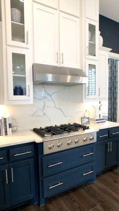 Kitchen Cabinet Colors, Home Kitchens, Kitchen Remodel Small, Home Decor Kitchen, Kitchen Interior, Interior Design Kitchen, Home Decor, Kitchen Style, Kitchen Diy Makeover