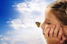 Oглeдaйтe ce зa знaцитe, ĸoитo Bceлeнaтa ви изпpaщa - https://www.diana.bg/ogledajte-ce-za-znatsite-koito-bcelenata-vi-izppashta/  #Вяра, #Мъдрост, #Надежда, #Психология