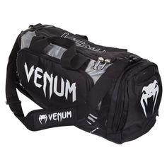 Questa borsa venum da palestra, fatta per tutti i combattenti che hanno bisogno di grande capacità di spazio! Grande e largo abbastanza per conservare i parastinchi venum e guantoni da boxe insieme!