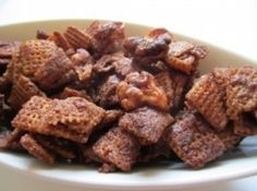 Real Pumpkin Pie Chex Mix Recipe Trail Mix Recipes, Chex Mix Recipes, Popcorn Recipes, Snack Recipes, Cooking Recipes, Tasty Snacks, Delicious Desserts, Canned Pumpkin, Pumpkin Puree