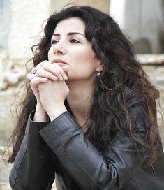"""Joumana Haddad: """"Io, araba e atea, minacciata"""""""
