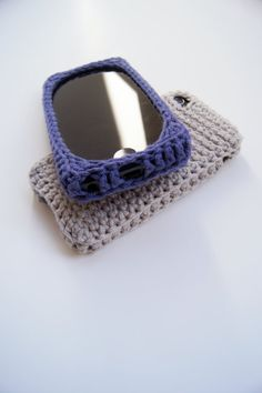 iPhone 4 and 5 Triforce Crocheted Cover / Case by LouiesLoops