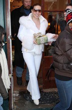 Mariah Carey Photos - Musician Mariah Carey and husband Nick Cannon visit her mother's jewelry store, Joan Boyce in Aspen. - Mariah Carey & Nick Cannon Leaving Joan Boyce Jewelry Store