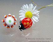 Artist Glass Lampwork Earstud- Ladybug and Margaritas - Summer Red, Statement Pieces - handmade by Glassartist Manuela Wutschke