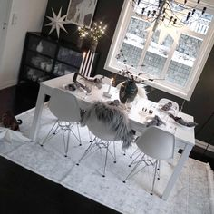 Janne Iversen (@mittlillehjerte) • Instagram photos and videos Dining Table, Photo And Video, Furniture, Instagram, Videos, Photos, Home Decor, Pictures, Decoration Home