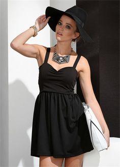 Göğüs Balenli Siyah Pike Elbise | Modelleri ve Uygun Fiyat Avantajıyla | Modabenle