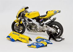 1/12 Honda Pons RC211V - Scale Auto Magazine - For building plastic & resin scale model cars, trucks, motorcycles, & dioramas