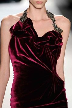 wgsn: Stunning old-school glamour with luxe fabrications and bejeweling - Venexiana Ltd Lady Like, Beautiful Gowns, Beautiful Outfits, Mode Simple, Shades Of Burgundy, Burgundy Wine, Burgundy Color, Magenta, Fashion Details