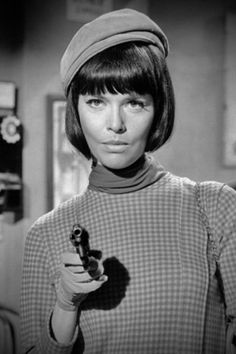 "barbara feldon, ""get smart""- Love her in this series!"