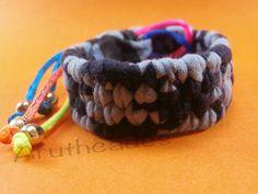 Polsera de trapillo amb corda ajustable de colors(img3) (Ref : TR-POL-001) Preu : 12 €